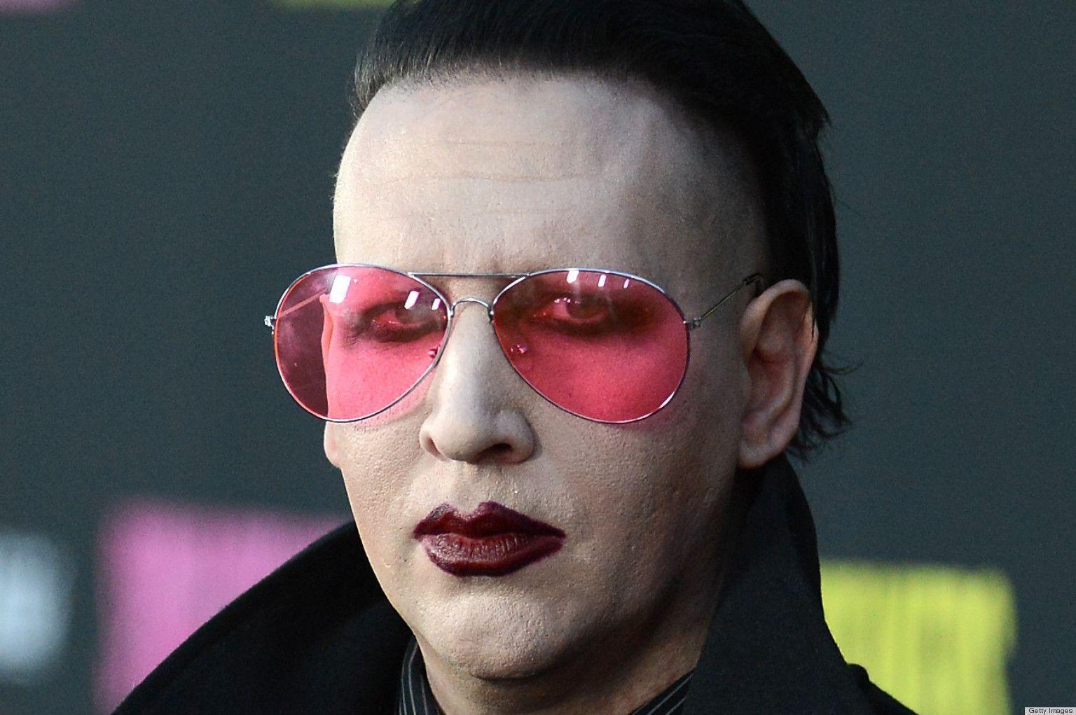 Mario Marilyn-Manson (SMB1 Hack)